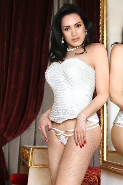 Reina Sofia  SCAFATI 3497985629